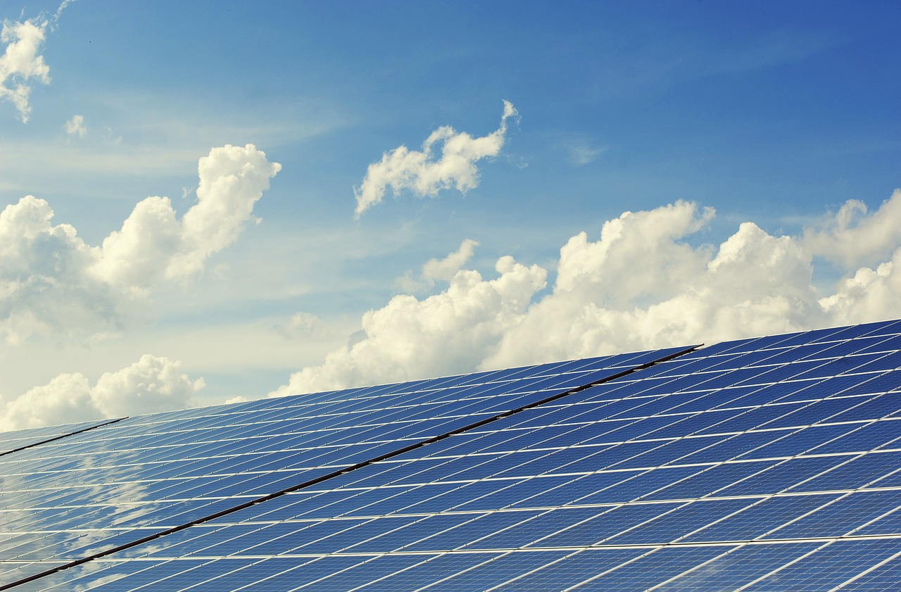 Private Capital Poured into Renewable Energy